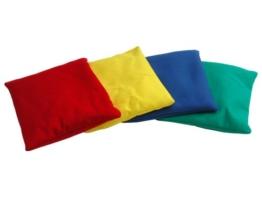 4er-Set bunte Bohnensäckchen zum Spielen & Trainieren, 10x15cm ✓ Waschbar ✓ Bezug: 100% Baumwolle ✓ Für viele motorische Spiele | Kleines Wurfsäckchen, Konzentrationskissen, Therapiesäckchen für Kinder - als Cornbag geeignet, Corn-Hole Bean-Bag -
