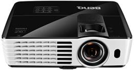 BenQ TH682ST Kurzdistanz 3D DLP-Projektor (3D 144Hz Triple Flash, Full HD 1920x1080 Pixel, Kontrast 10.000:1, 3.000 ANSI Lumen, HDMI, Lautsprecher) schwarz -