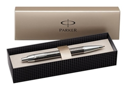 Parker S0908710 IM-Premium-Kugelschreiber (Tiefes Metallisch-Grau Gemeißelt, mit Chromeinfassung, Strichstärke Mittel) schreibfarbe blau -