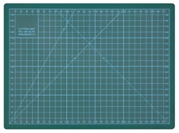 Wedo 79130 Schneideunterlage Cutting Mat (selbstschließende Oberfläche, 30 x 22 x 0,3 cm) grün -